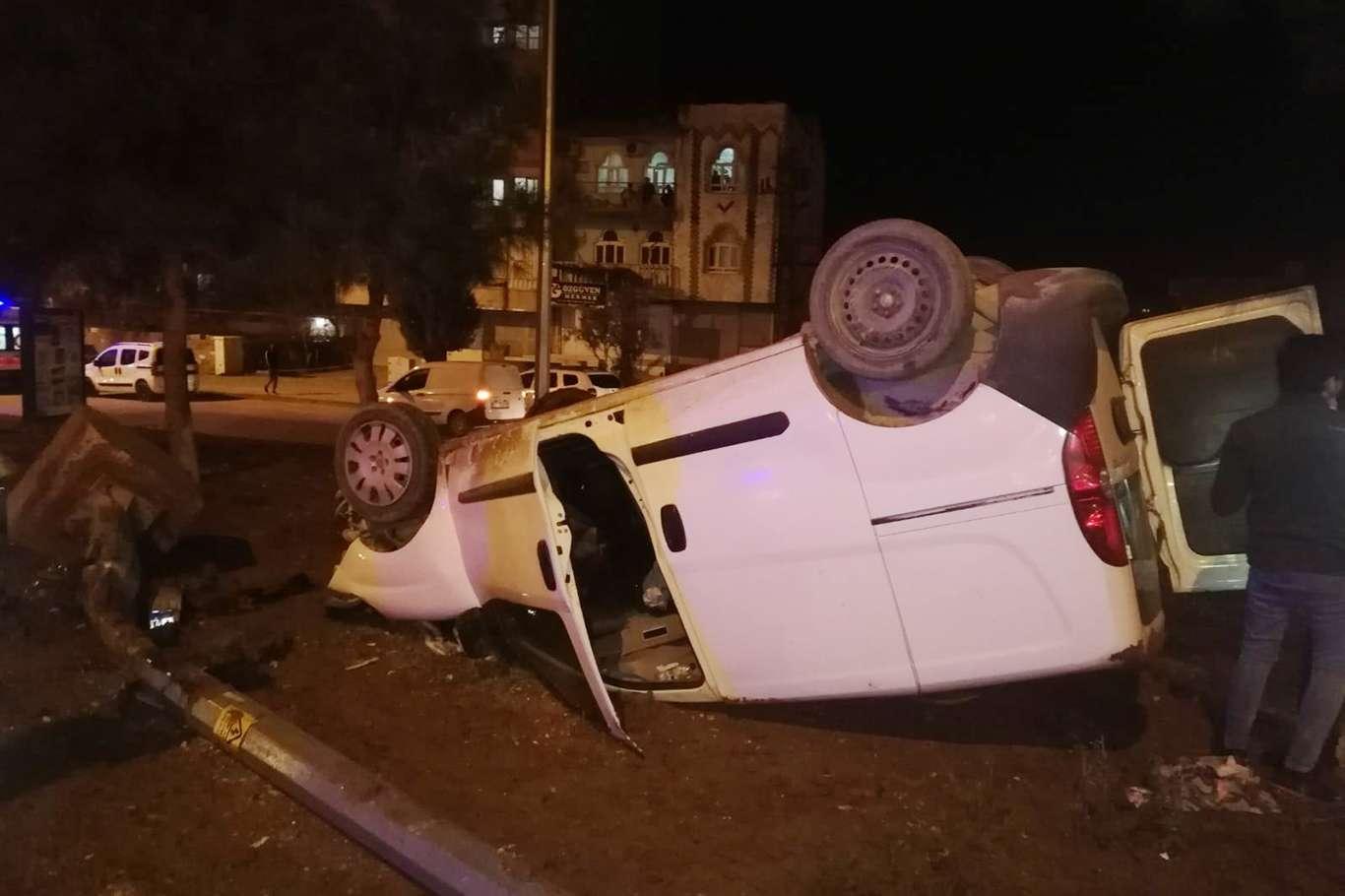 Kızıltepe'de trafik kazası: 3 yaralı